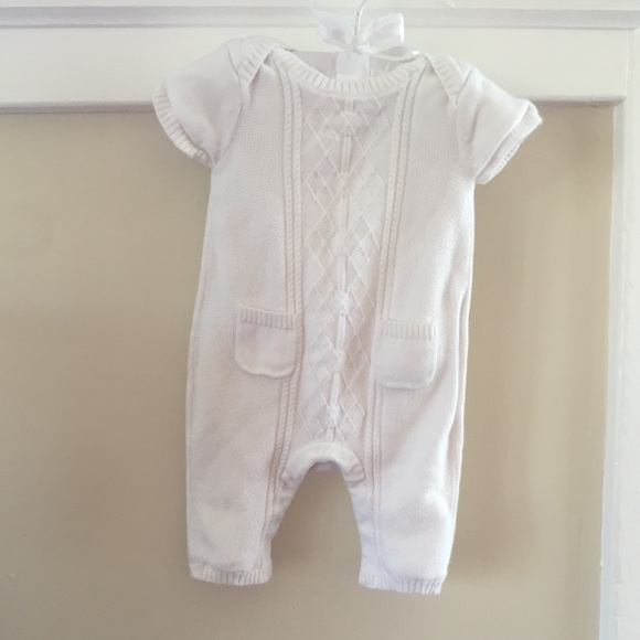 f4ba434f3 GAP One Pieces | Baby Newborn Shortsleeve Sweater Romper | Poshmark